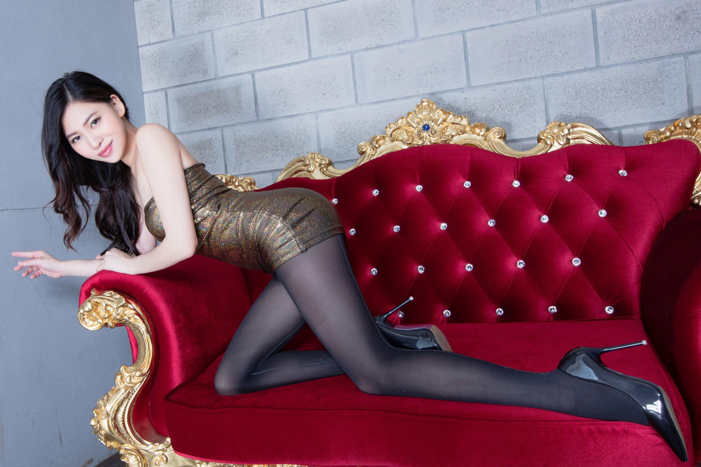 美女美腿秀Lynn1 - 花開有聲 - 花開有聲