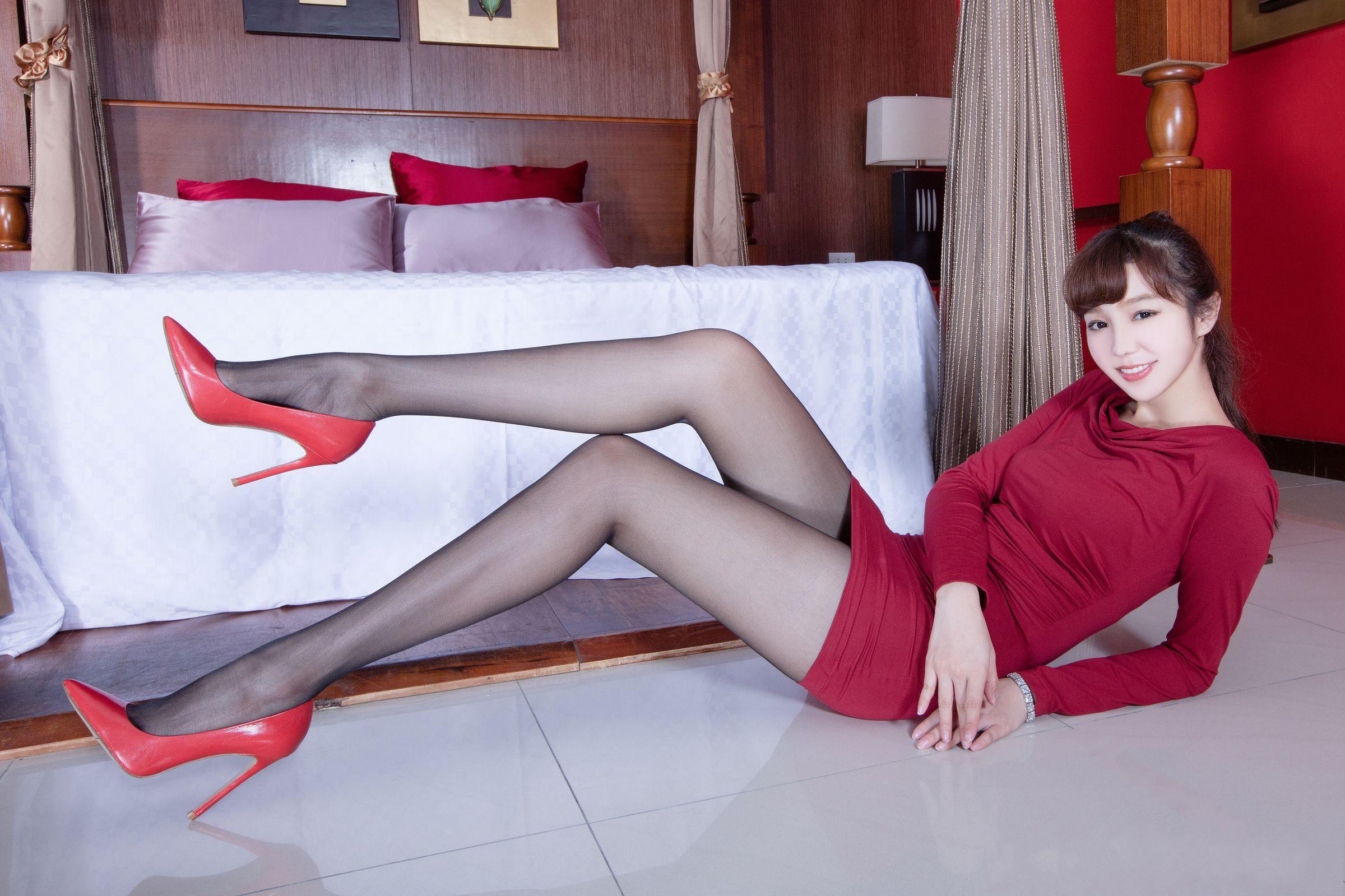 美女美腿秀Tammy1 - 花開有聲 - 花開有聲