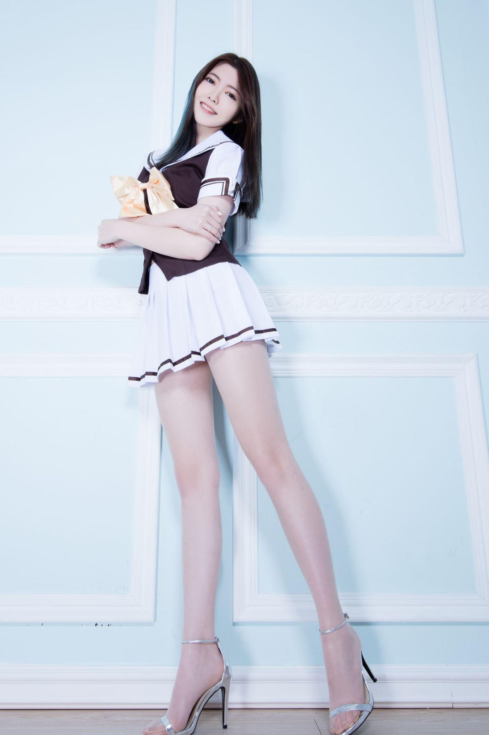 美女美腿秀Brindy2 - 花開有聲 - 花開有聲