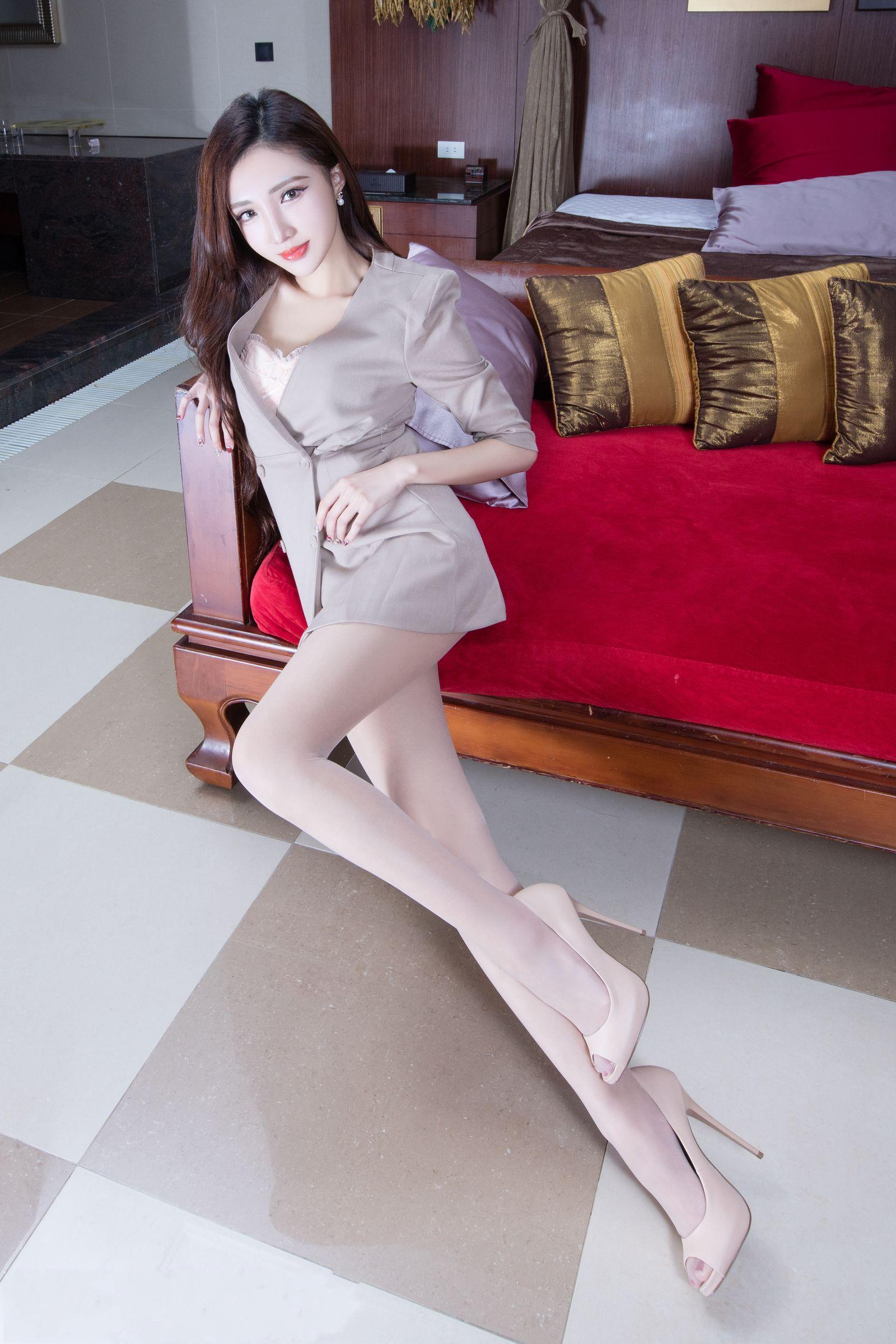 爱秀美腿秀Syuan - 花開有聲 - 花開有聲