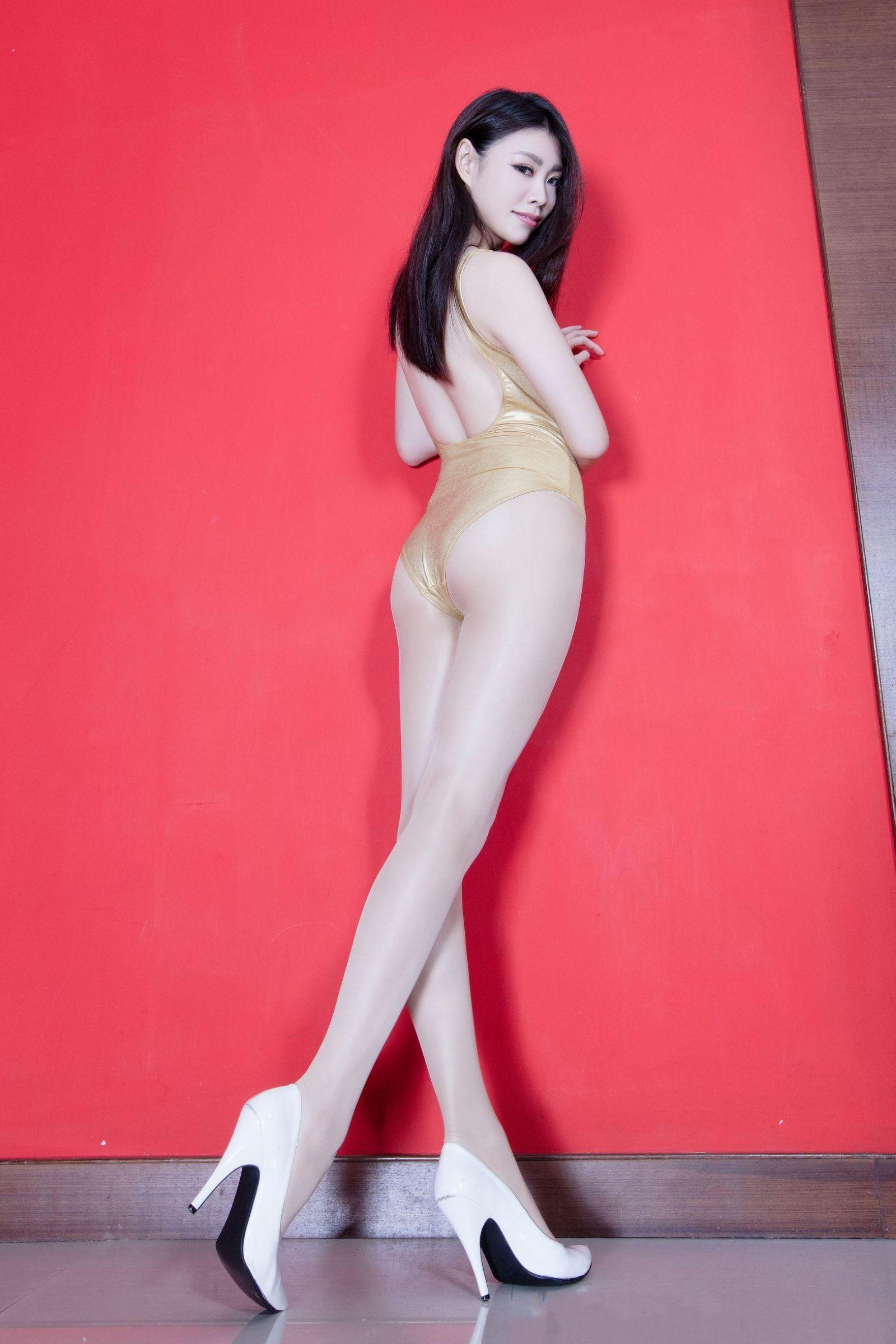北彩美女美腿秀-Zoey[35P]JD464