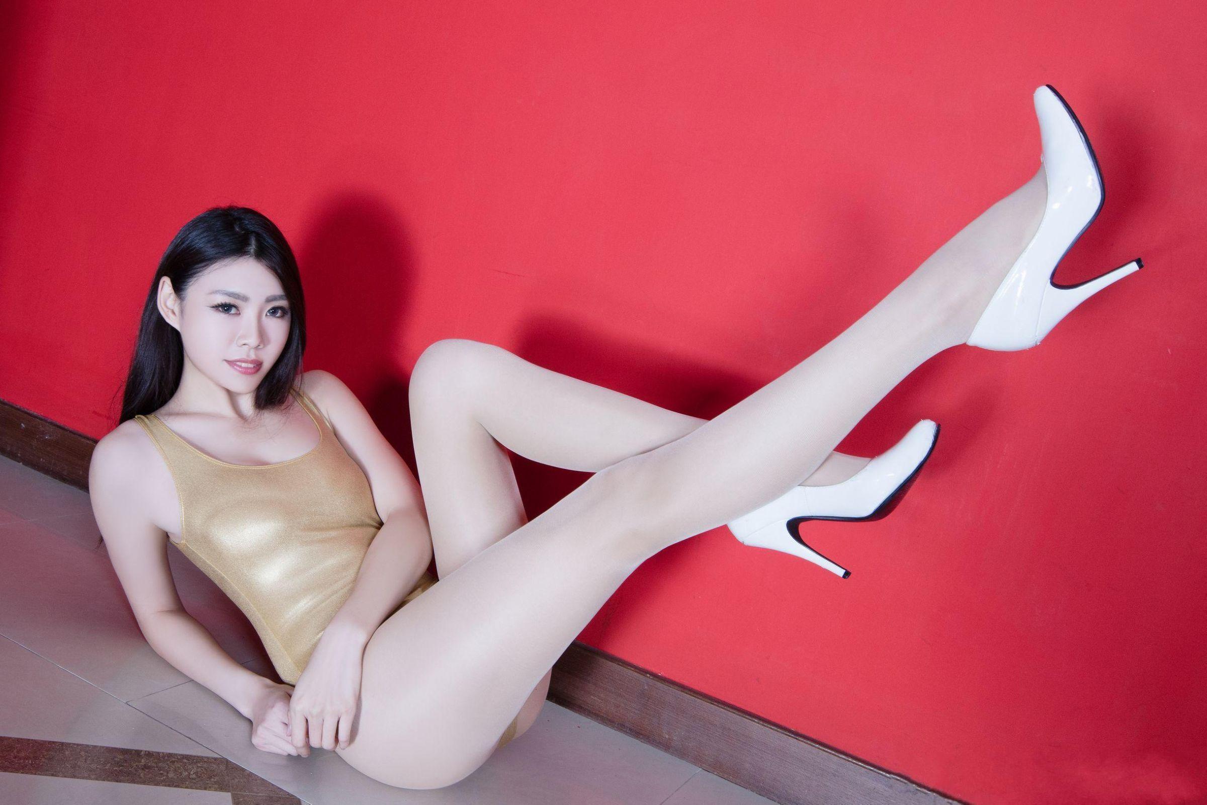 北彩美女美腿秀-Zoey[35P]zH638