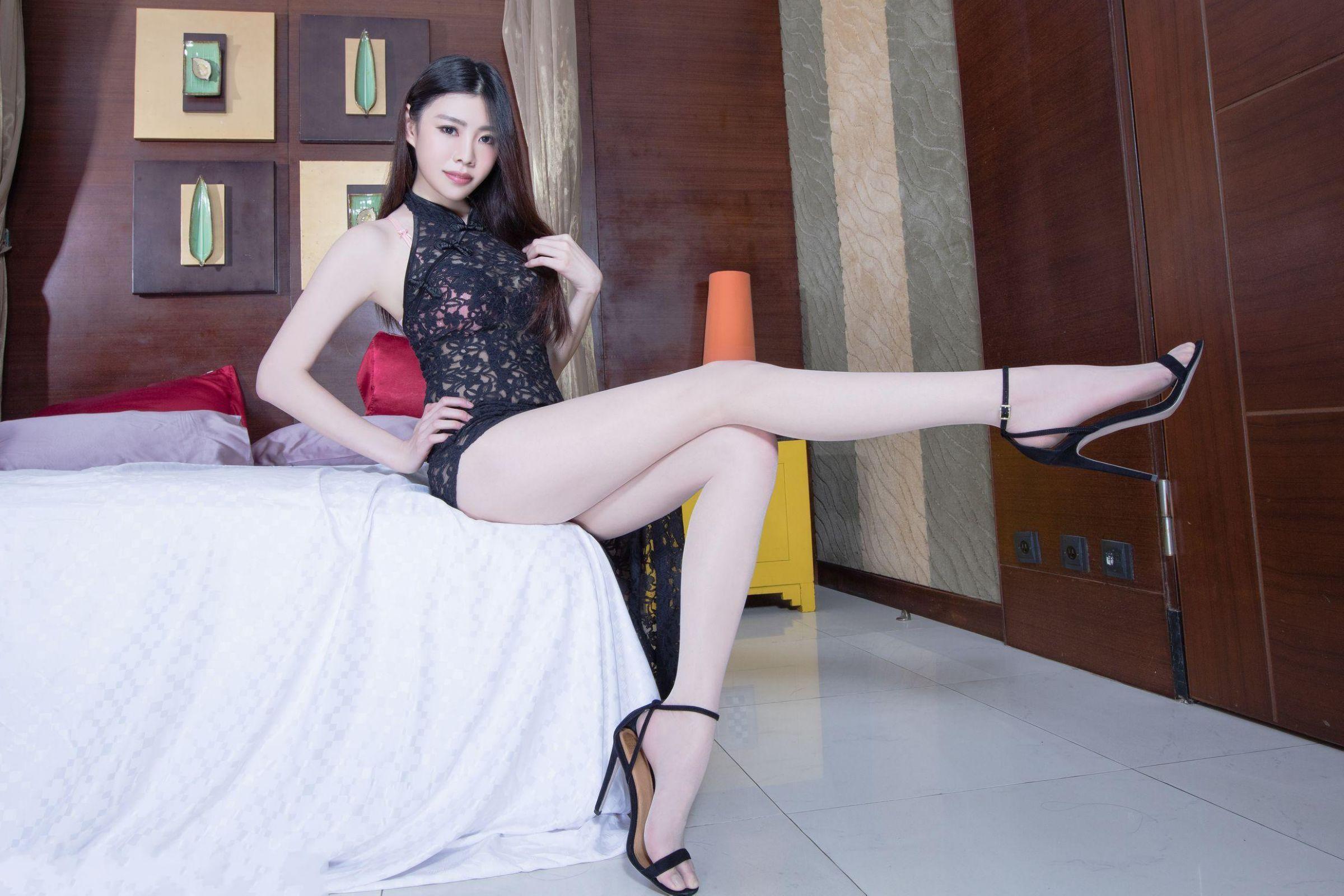 北彩美女美腿秀-Zoey[35P]SZAva
