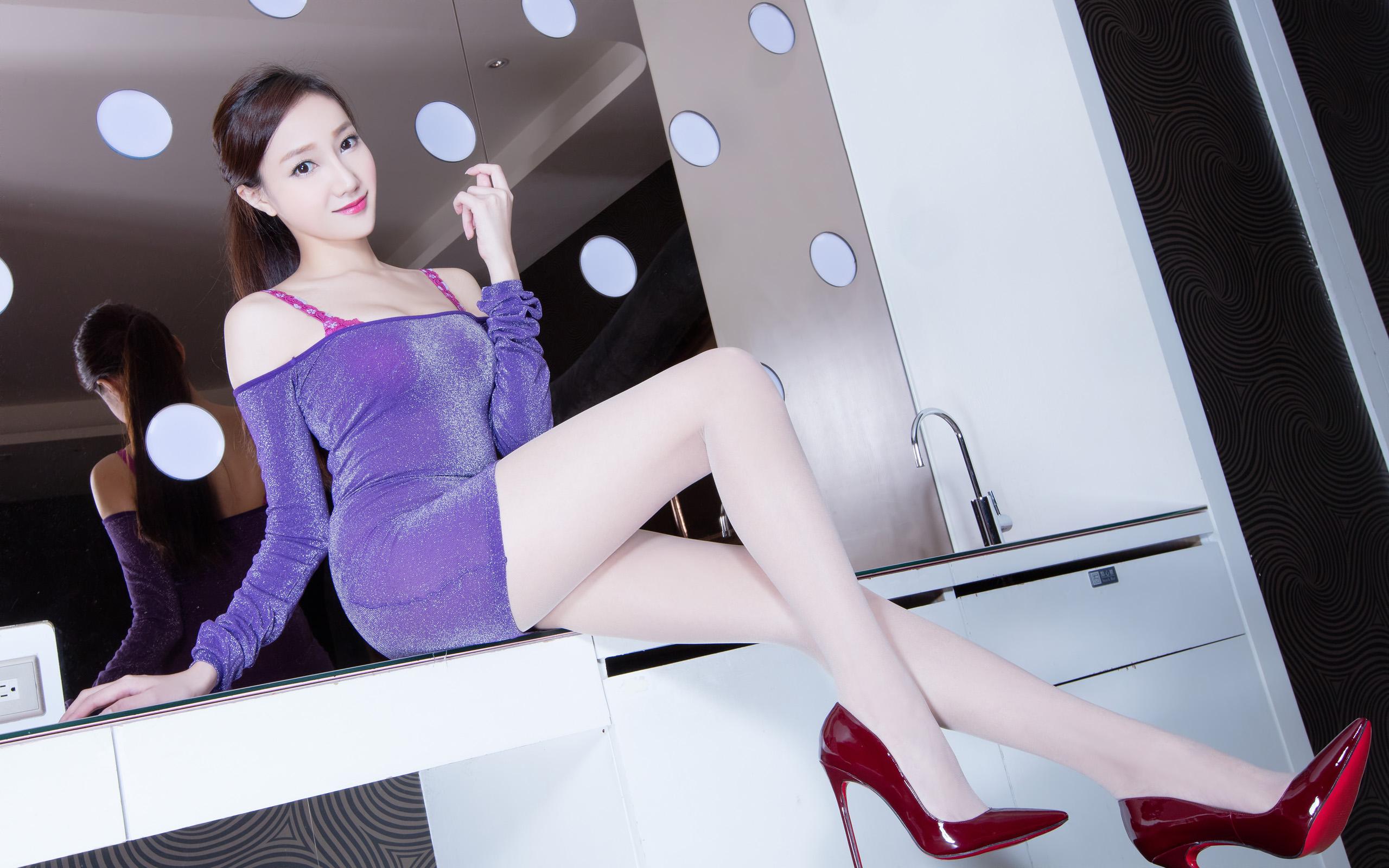 臺灣美腿美女Tina2 - 花開有聲 - 花開有聲