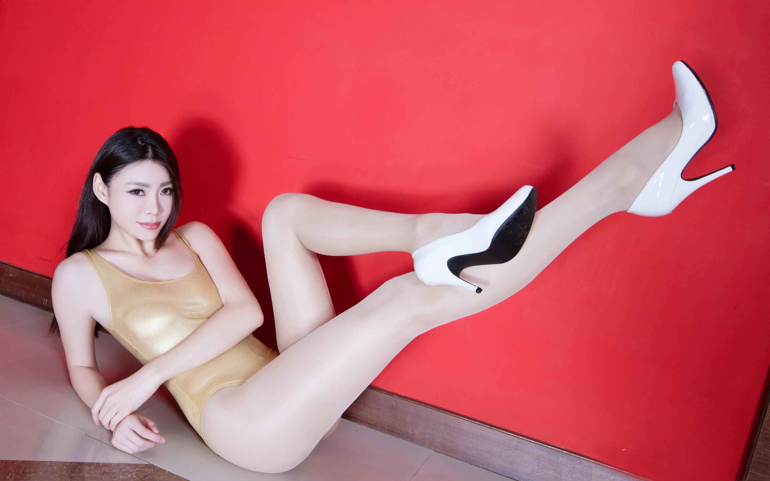 臺灣美腿美女Zoey - 花開有聲 - 花開有聲