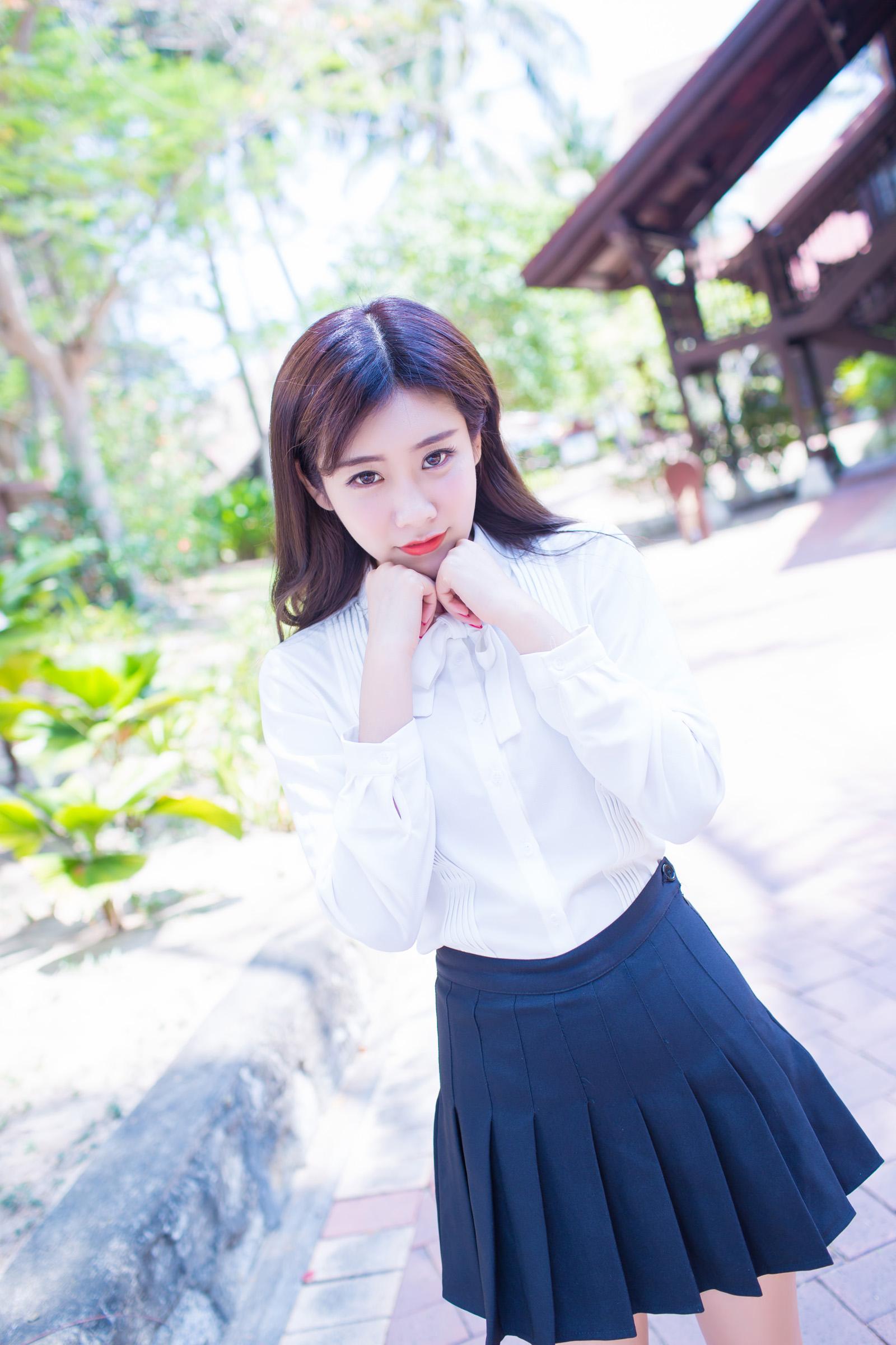小色哥美女av电影_模特—程小烦[13P]/直播妹妹博客