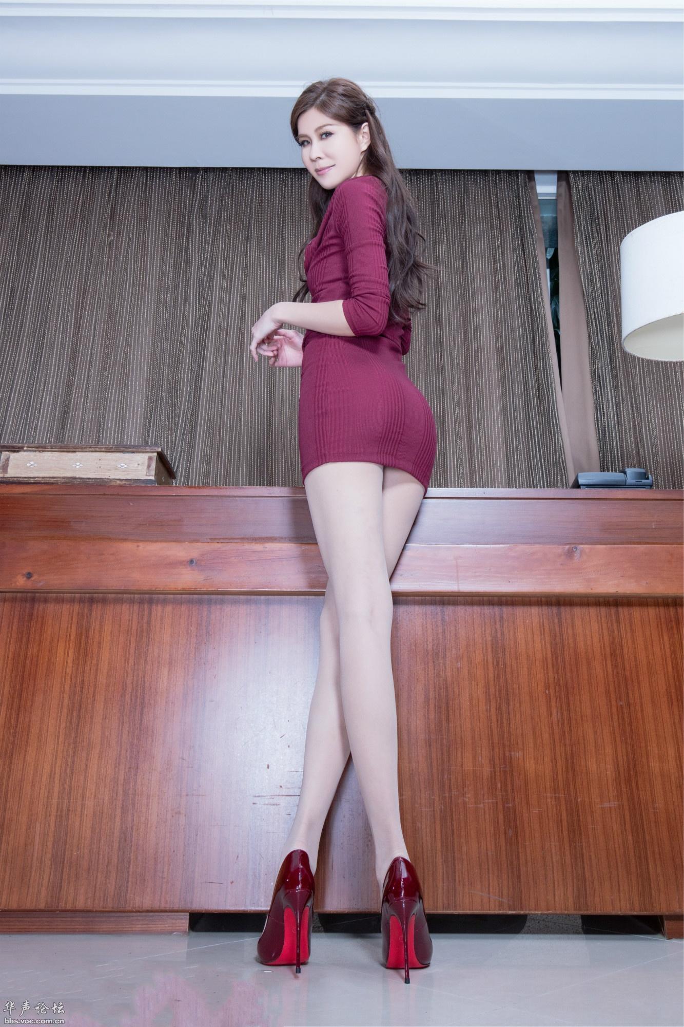 爱秀美腿秀Sarah2 - 花開有聲 - 花開有聲