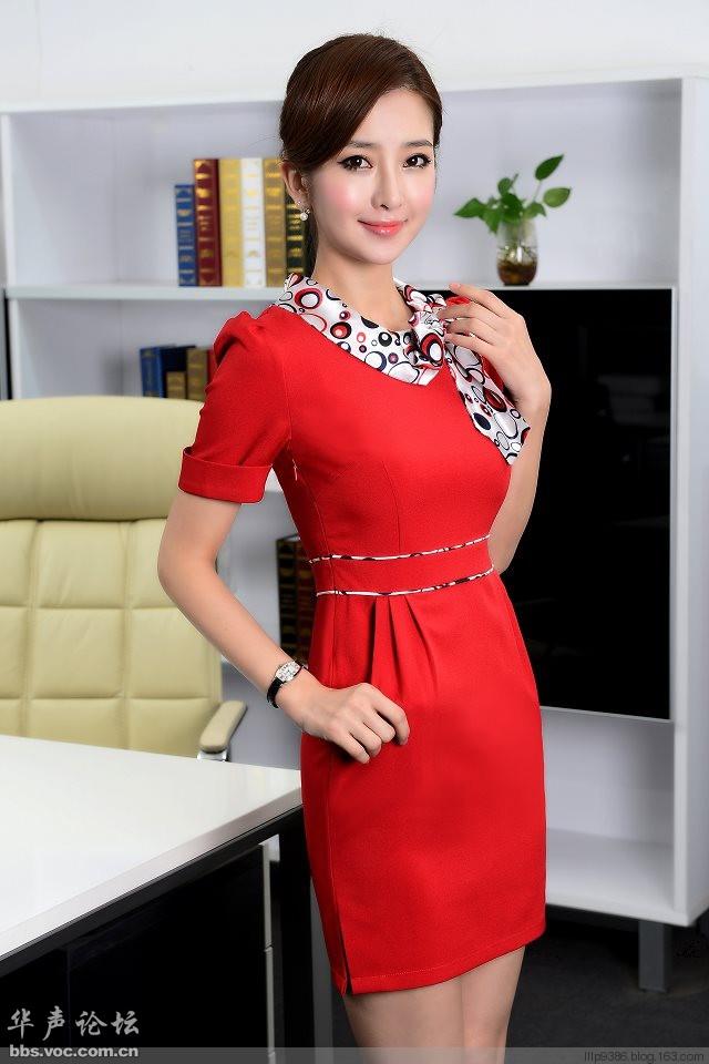 红裙少女  养眼迷人 - 花開有聲 - 花開有聲