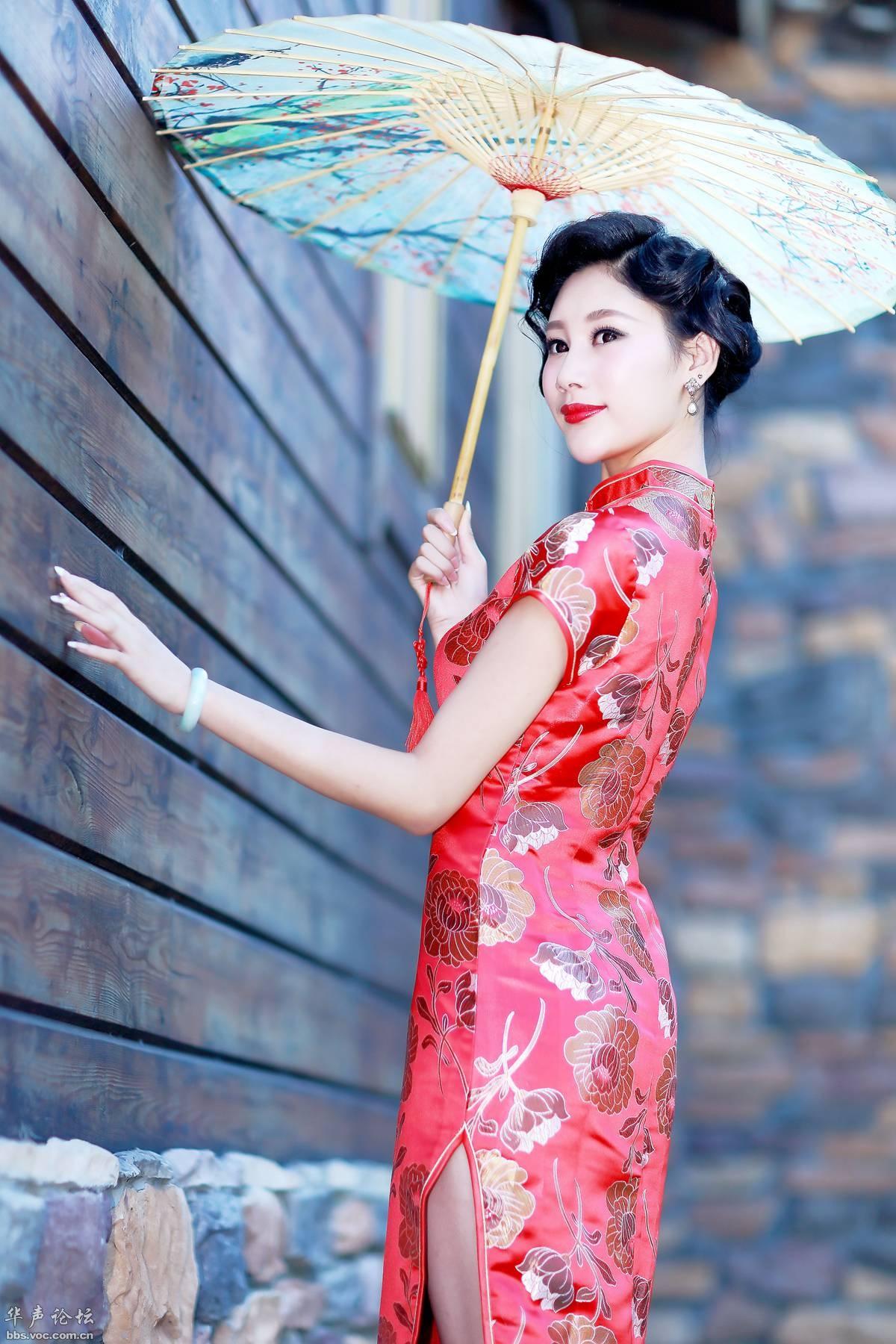 烟雨里,纸伞缱绻的心事 【音画欣赏】 - 长城雄风 ( 2 ) 博客 - 长城雄风『2』博客