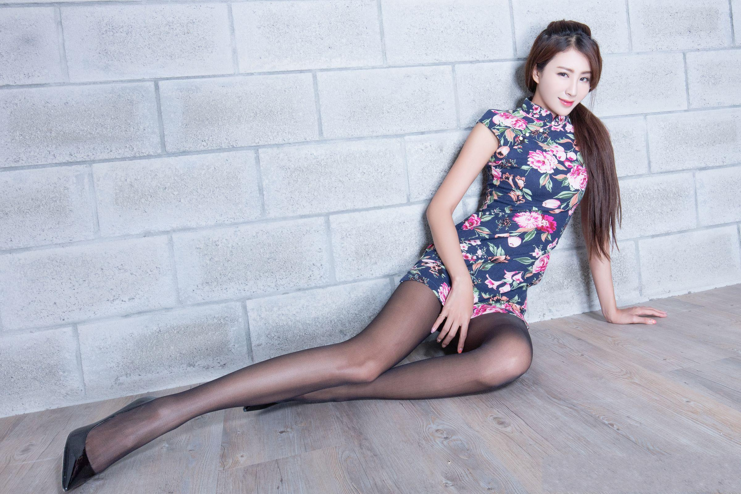 爱秀美腿秀Miso1 - 花開有聲 - 花開有聲