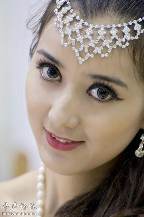 白靓少妇图片 104247 498x750