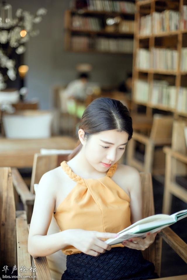 图书馆里爱阅读的女孩 - zcyyglzx - zcyyglzx的博客