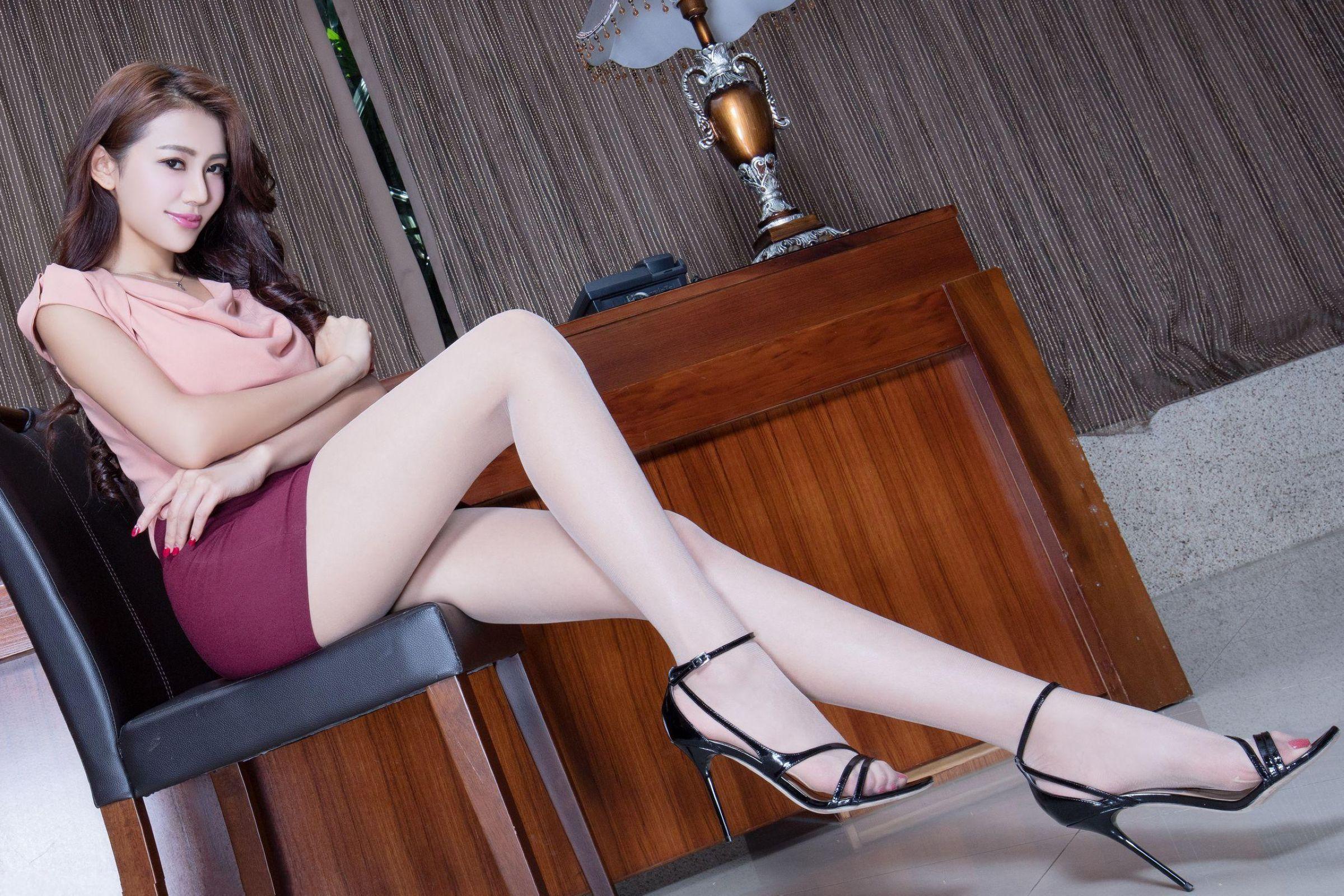 爱秀美腿秀Jennifer - 花開有聲 - 花開有聲