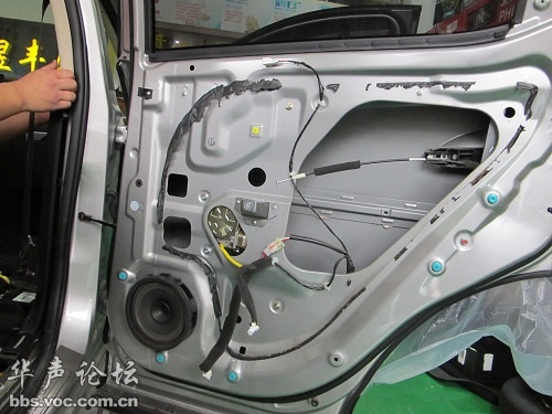 青岛汽车音响 东南DX7 全车隔音高清图片