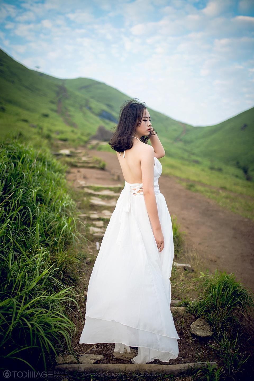 静坐笔端,红尘相念【情感驿站】  -  水墨凝烟 - 花仙子的博客 .