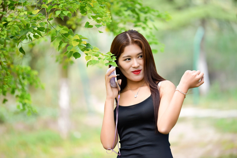 [原创]公园偶遇 - 美女贴图 - 华声论坛