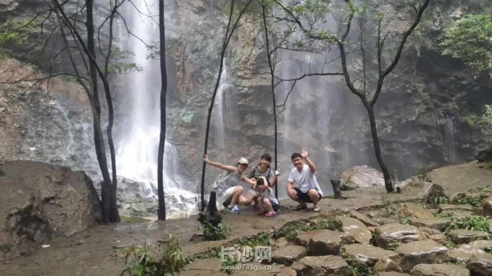大峡谷神船溪瀑布.jpg