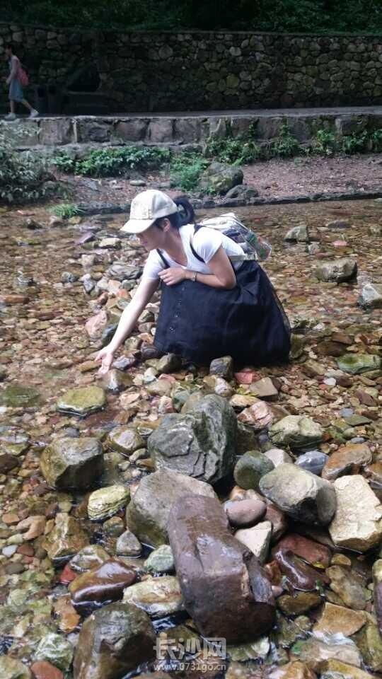 金鞭溪的水.jpg