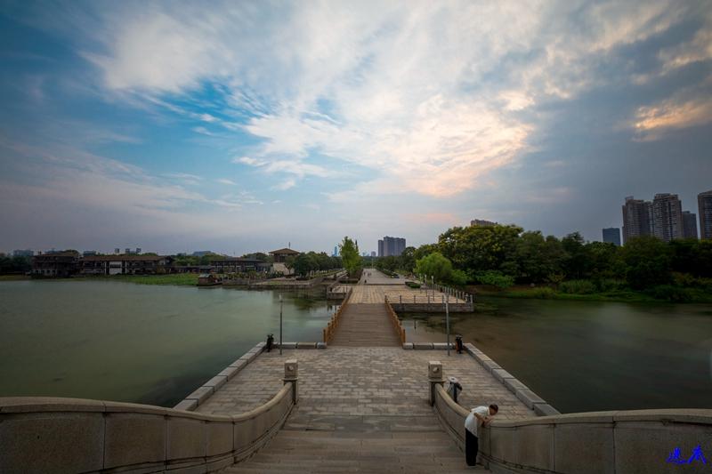 9.10月湖--43.jpg