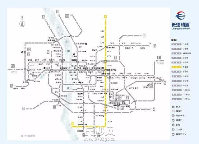 地铁4.jpg